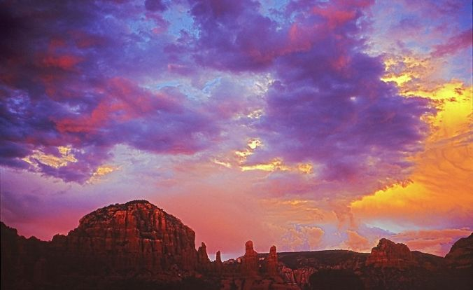 1024px-Sunset_RedRocks_AZ