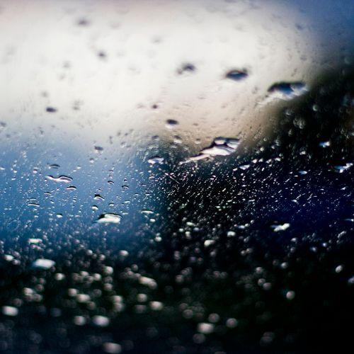 Raindrops_(2636437499)