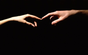 hands_fingers_love_touch_black_11259_3840x2400